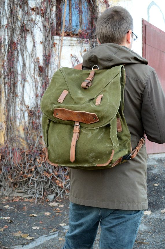 ON SALE Large Military Backpack, Vintage Army Rucksack, Old Army Backpack…
