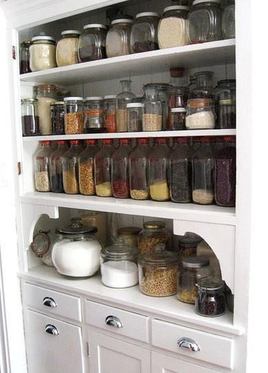 store kitchen ingredients in mason jars