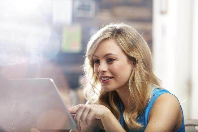 online dating vs old-school dating #love #dating #pickup #online #flirt #chat #blondy