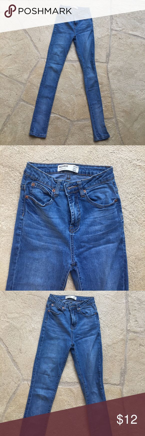 High rise jeans. Stretchy material! Cute high rise denim jeans. They stretch a bit. They are HIGH rise Cotton On Jeans Skinny