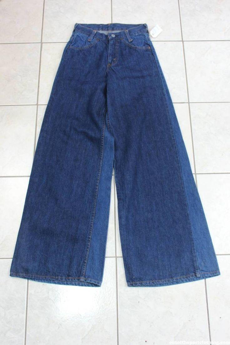 Levis NOS Vintage 1970s Bell Bottom Jeans
