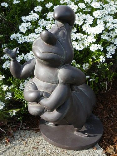 DISNEY Alice in Wonderland CATERPILLAR Garden Statue ~ The ONLY caterpillar welcomed anywhere near my home, lol