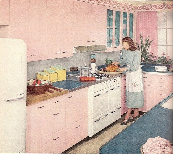 retro pink kitchen....I wonder..what were the men thinking of all of these pink kitchens in the 1950s?