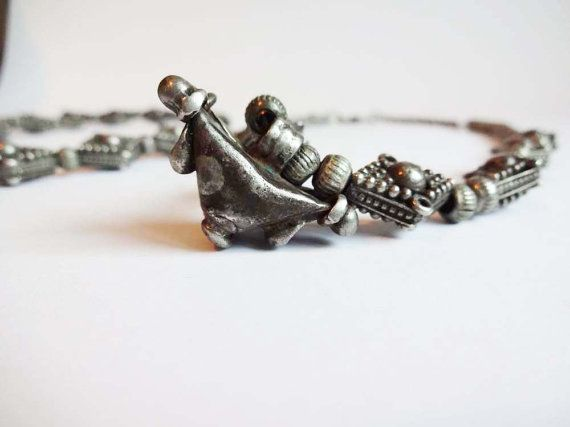 collana indiana antica in argento  di Leschosesdemanu su Etsy