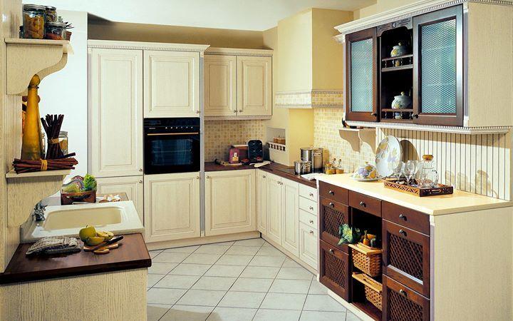 Η NOVA της #Eliton είναι μια κλασική κουζίνα με εντυπωσιακό σχεδιασμό ατόφιας δρυός με ειδική επεξεργασία βαφής και οξιάς. Η σκαλιστή ξυλεία το μοναδικό φινίρισμα στον χώρο πάνω από τον πάγκο καθώς και ο χειροποίητος νεροχύτης από Corian θα σας κάνουν να την αγαπήσετε!  http://ift.tt/2a9AzIY