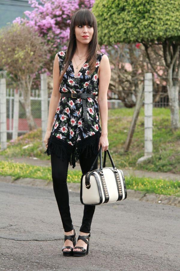 fringed vest and belt... -latest post on my blog- #Fashionblogger #StreetStyle #Floral #vest