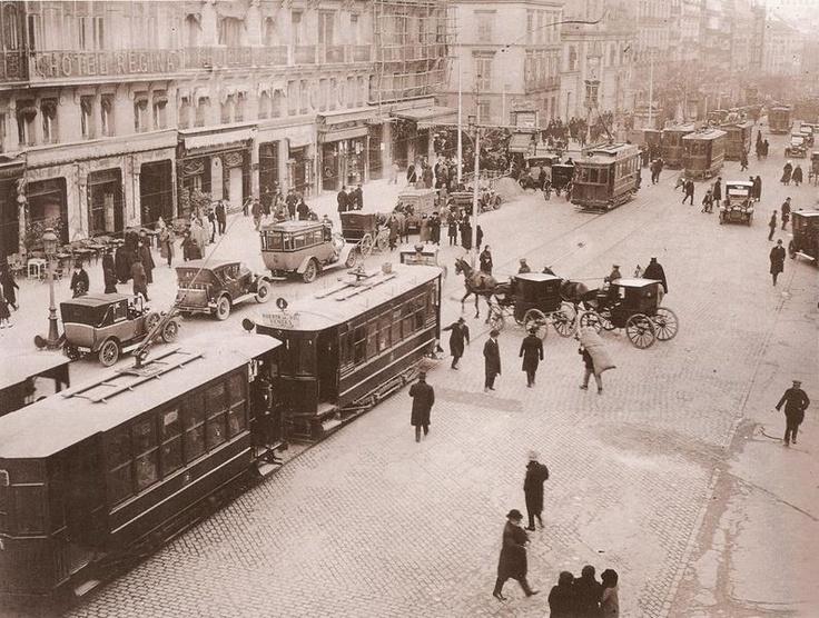 Panorámica de la calle de Alcalá.1920.