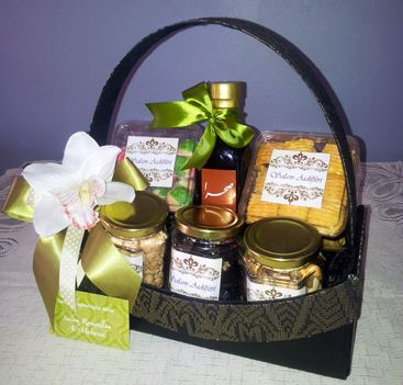 Glamalicious Gift & Event Planner: Corporate Raya 2012 Hamper and ...