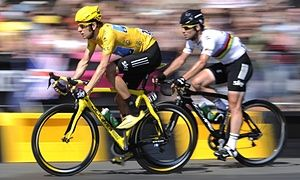 Bradley Wiggins, left, and Mark Cavendish will have to work for a Team GB spot for the 2016 Olympics