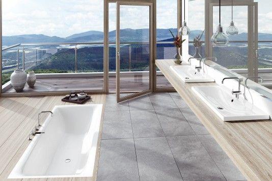 Un design à la fois fluide, sensuel et moderne caractérise la baignoire «Silenio» entièrement réalisée en acier émaillé. KALDEWEI
