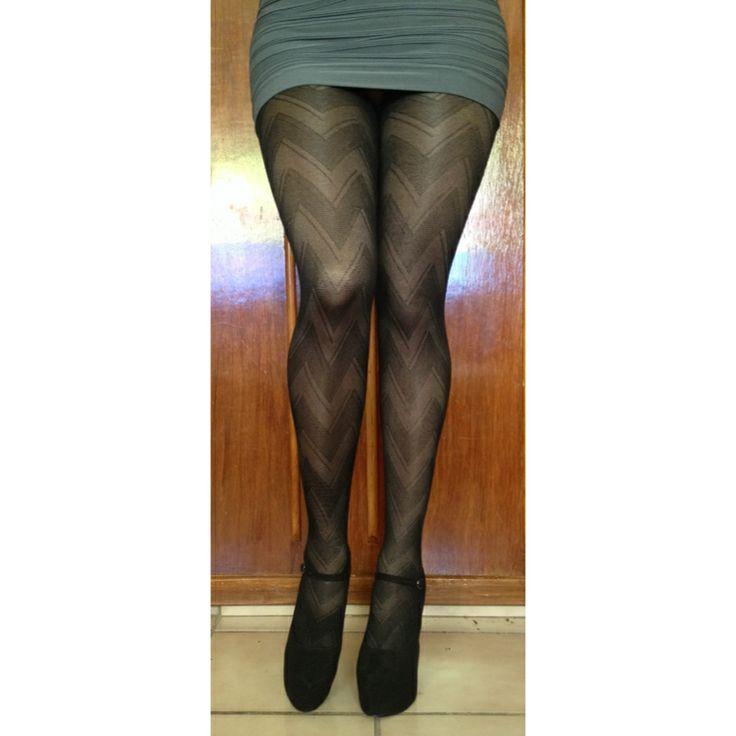 #pantyhose #shinypantyhose #panty #pantyes #strumphose #nylonstrumphose #collant #collants #nylon #nylons #legs #minidress #highheels #Καλσόν #колготки #pančucháče #külotluçorap #strømpebukser #絲襪 #hosiery #heels #miniskirt