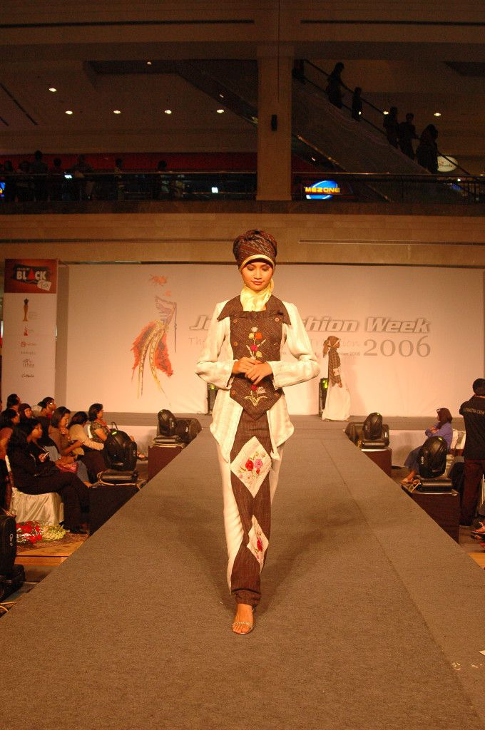 Ethnic fashion muslimah design by Astrid Ediati