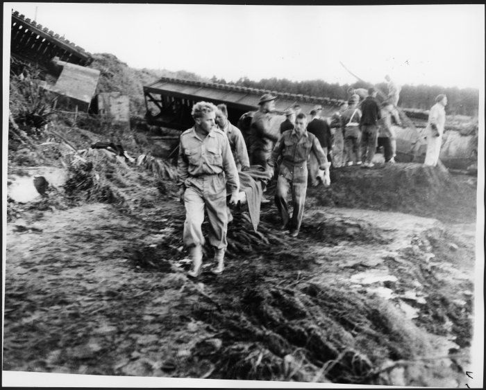 disasters of the 20th century   ... stretcher at the scene of the railway disaster at Tangiwai, Dec 1953
