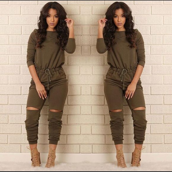 Fashion nova jumpsuit Apart of their new collection. New! Size medium. Cheaper thru ️️ Fashion Nova  Other