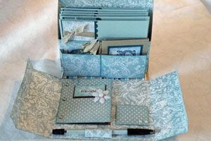 Make a beautiful gift box to hold stationery, notecards, a pen and postage. - tutorial - bjl