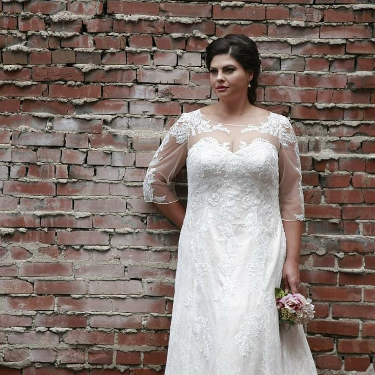 Best 25+ Curvy Bride Ideas On Pinterest