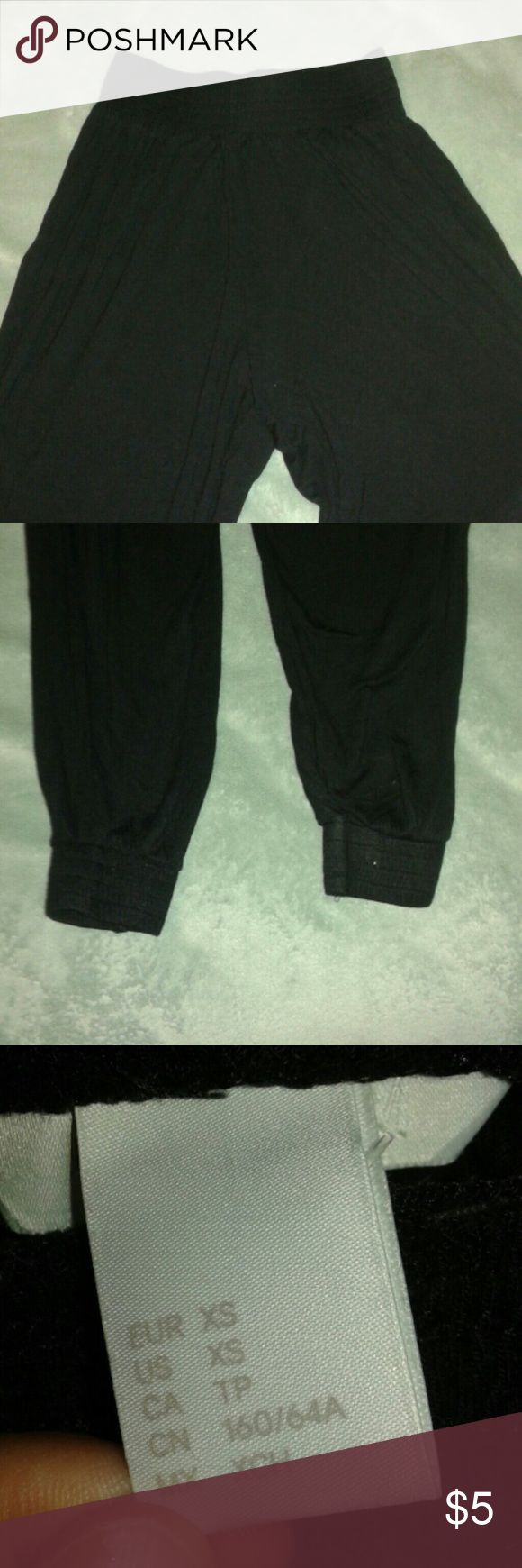 Black Haram/Parachute Pants Super comfy only worn 4 times. Soft fabric, size xs. H&M Pants