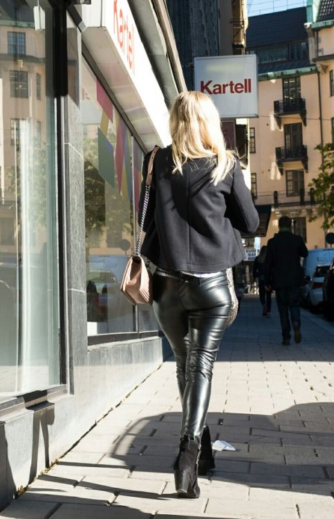 greta brentano berlin latex leggings tumblr