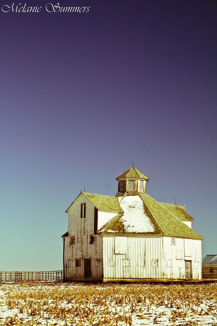 Octagon Barn in Doniphan County, Ks.