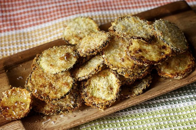 ugly and therefore tasty zucchini chips by smitten