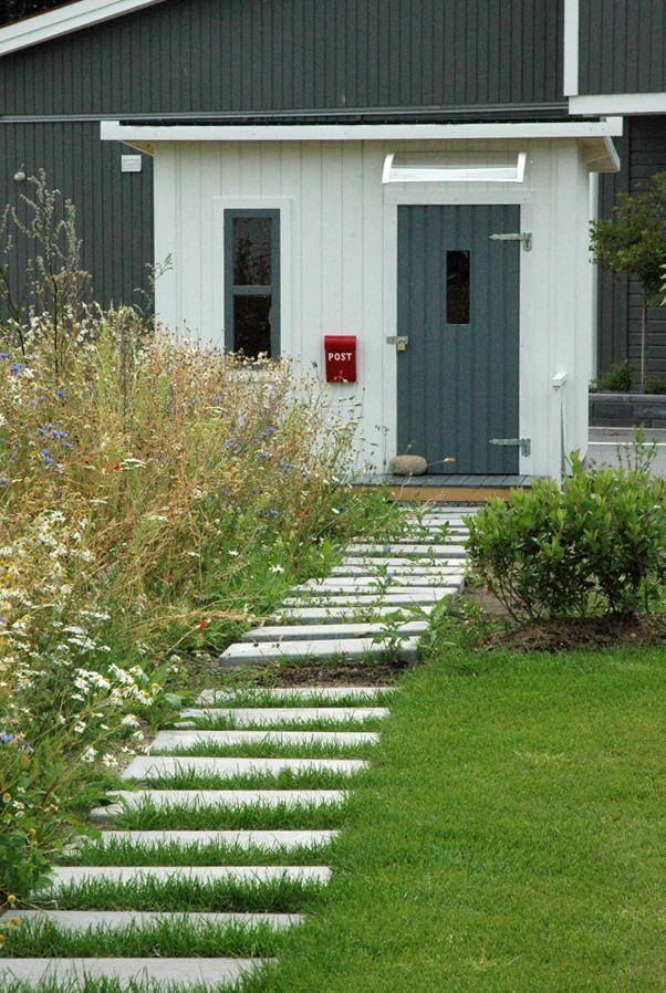 Ekerö garden, modern style, meadow, stepping stones in lawn, flower meadow, stones