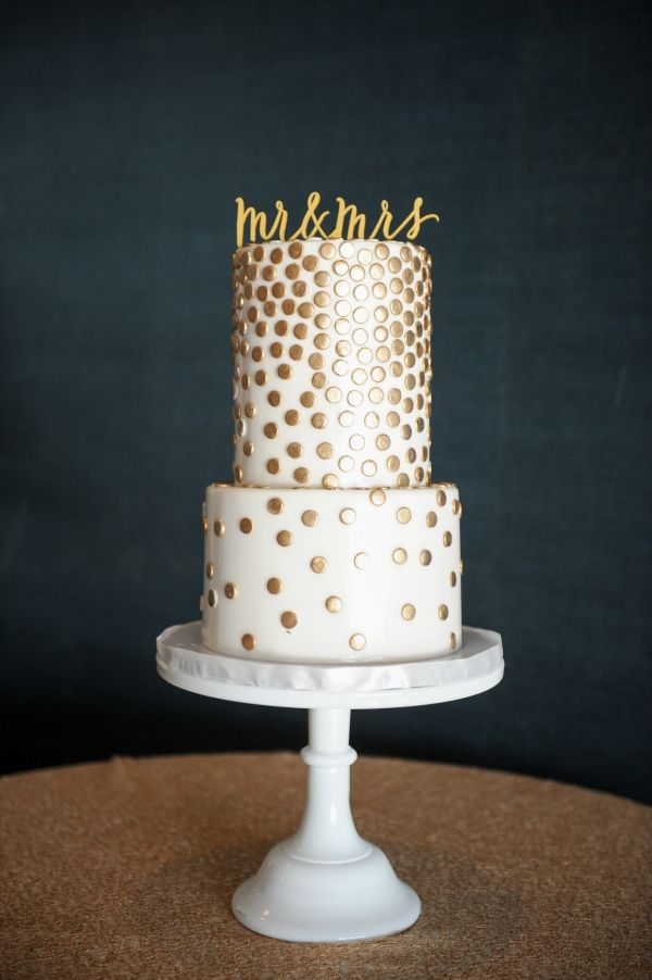 wedding cake with dots 19 best gold dot images on gold dots cake 26869