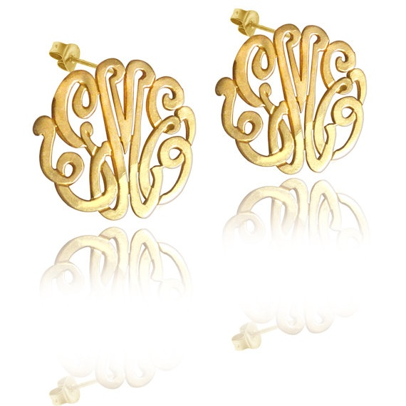 love these: Monograms Earrings, Mono Gifts, Lace Earrings, Handmade Monograms, Monograms Studs, Monogram Earrings, Earrings Order, Gold Monograms, Gold Earrings