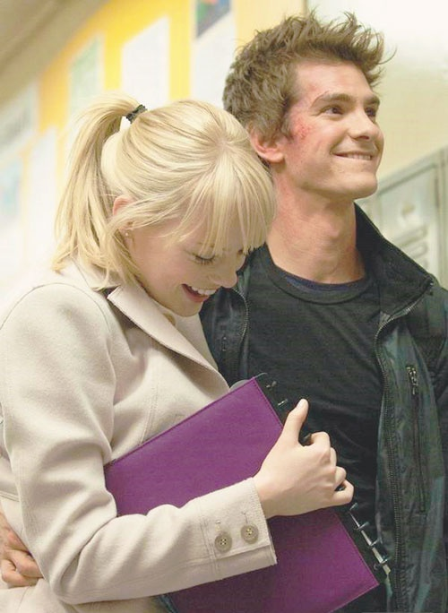Emma Stone And Andrew Garfield On Set Of The Amazing Spider Man