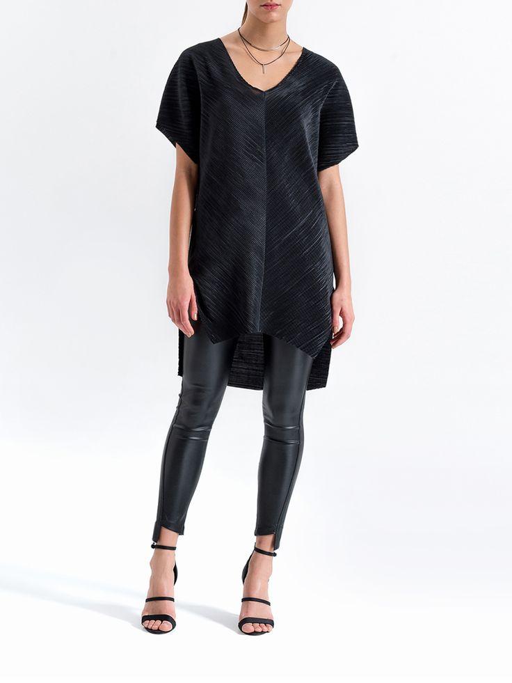 Tunika   KOLEKCJA   -SPEKTROOM  #lookbook #fashion #jumpsuit #dress #fashion #style #minimal #eshop #sklepinternetowy #moda #damska #online #trends #trendy #2016 #2017 #evening #model #wgsn #elle