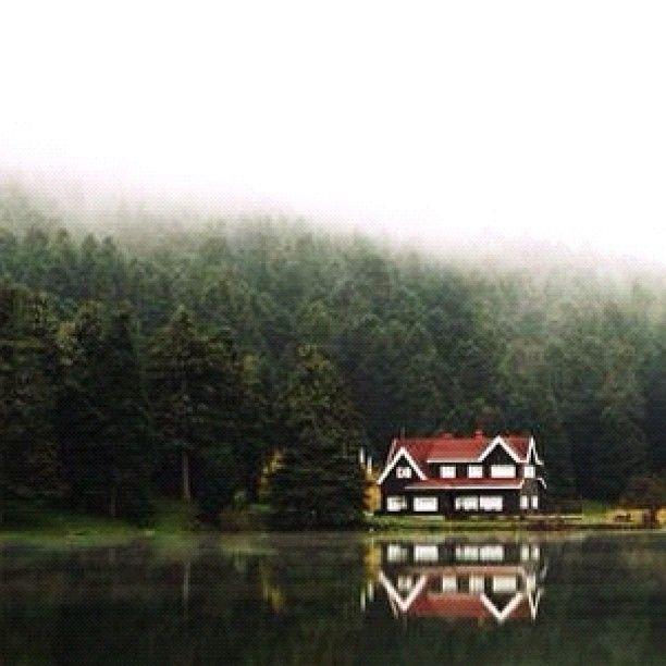 lake house at gölcük, bolu, turkey