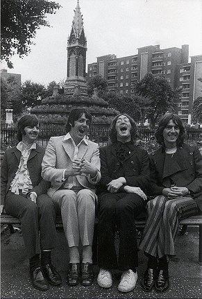 Fantastic shot. Makes me wonder what was so funny...