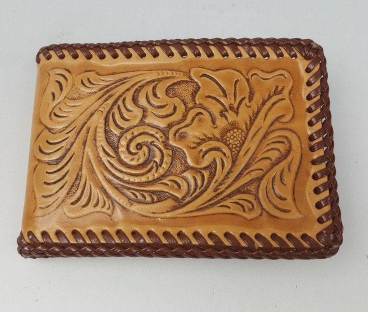 Vintage Nocona Wallets tooled leather bifold wallet two-layer interior pockets
