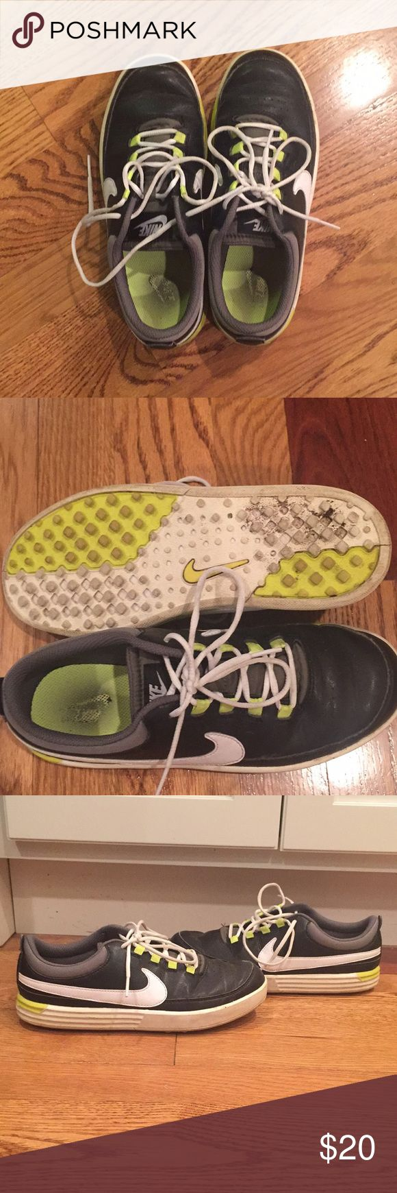Kids Nike golf shoes size 4Y These are used golf shoes but they definitely have a lot of life left in them!  Great Nike golf shoes for any beginner golfer 🏌️ Nike Shoes Sneakers