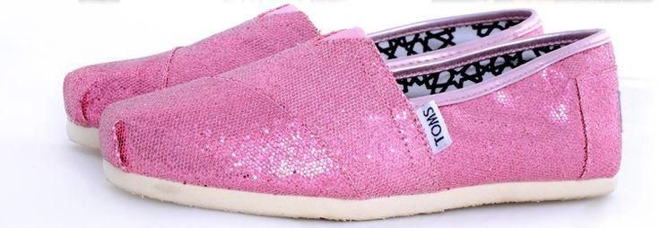 All the shoes here are so nice and  I love Toms Classics shoes very much!! they are really very nice and cheap!!