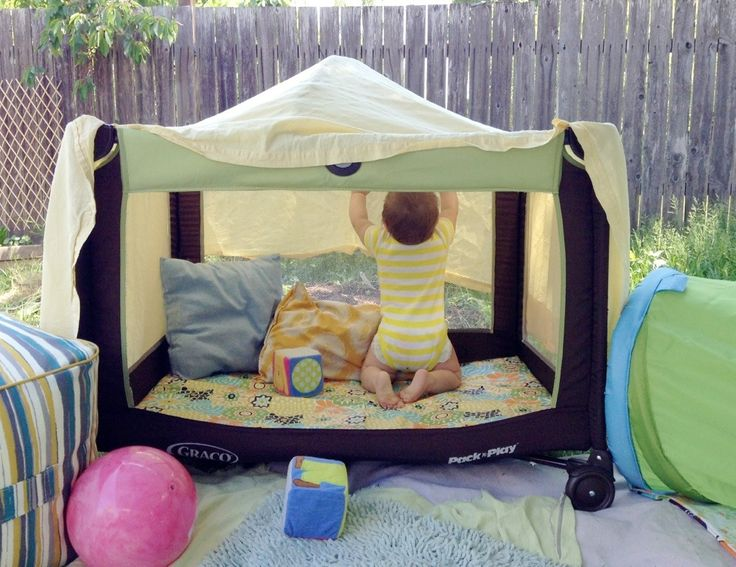 Top 13 Life Hacks to Make Your Life Easier -- put a sheet over the top of the playpen to keep out bugs when you take the kids  outside. Great for when you are working outside & want to keep the kids close!