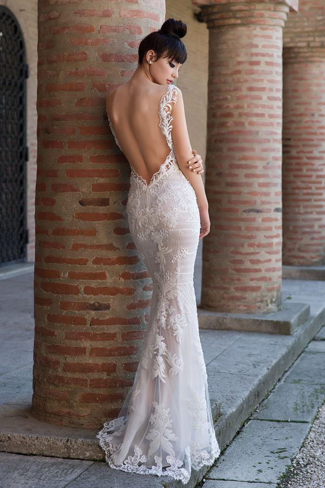 CRISTALLINI #weddingdresses #wedding #bride #inspiration #bridetobe #fashion #fairytale