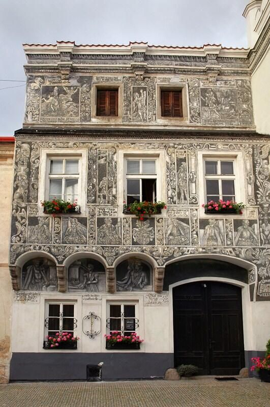 The magic of Renaissance #Slavonice, town in South Bohemia. http://www.czechtourism.com/t/slavonice/ pic.twitter.com/Ii1PF5xvLM