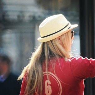 #girl #gorgeous #longhair #hat #regentstreet #london