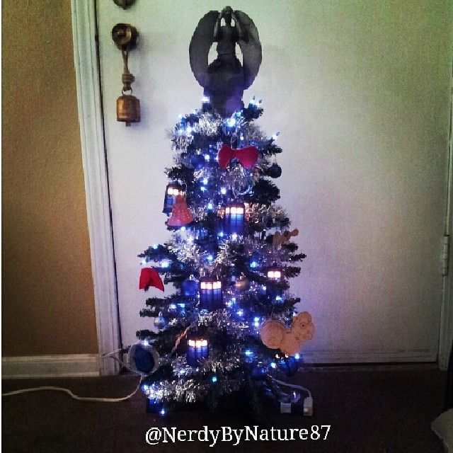 doctor who inspired christmas tree could go in any room but i did this - Dr Who Bedroom Ideas