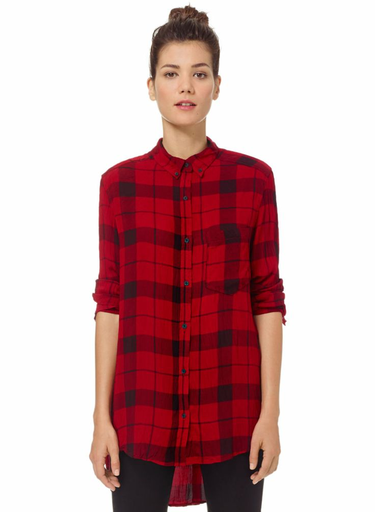 Wilfred Free ROLLINSON BLOUSE $95 A buffalo-check boyfriend shirt made feminine in a fluid fabric