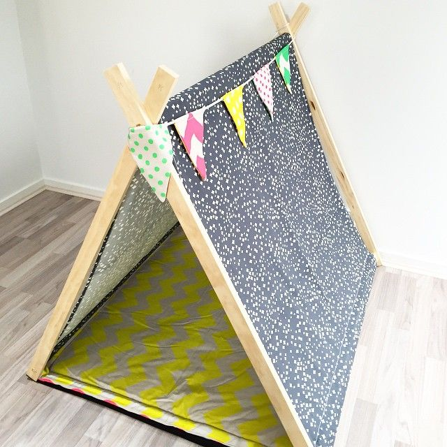 COSMO | This combo was created for a little boss who has his birthday is this weekend |Swiss cross grey with Fluro yellow chevron, green polkadot on the other side of the mat & colourful bunting for a bit of fun!