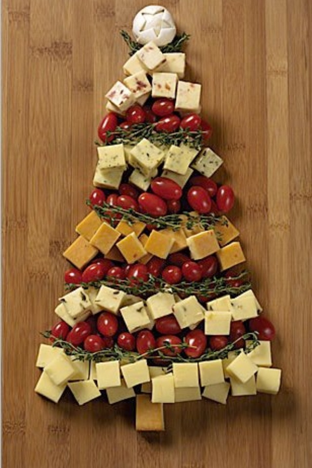Cheddar tree for the holidays, such a cute idea!