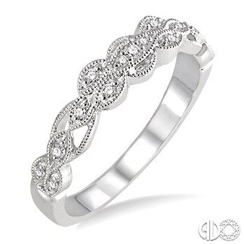 J&J Diamond Jewelers: Your Trusted Source for Diamond & Gemstone Jewelry in Fall River City since 16