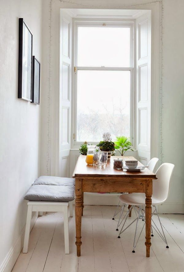 A large window with plenty of light coming into the room, makes an ideal place to locate your dining table if you want to enjoy the views as well as take advantage of the natural lighting.