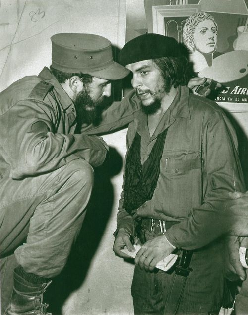 Fidel Castro and Che Guevara, 1959. One got beheaded in Bolivia, the other douce still lingers.