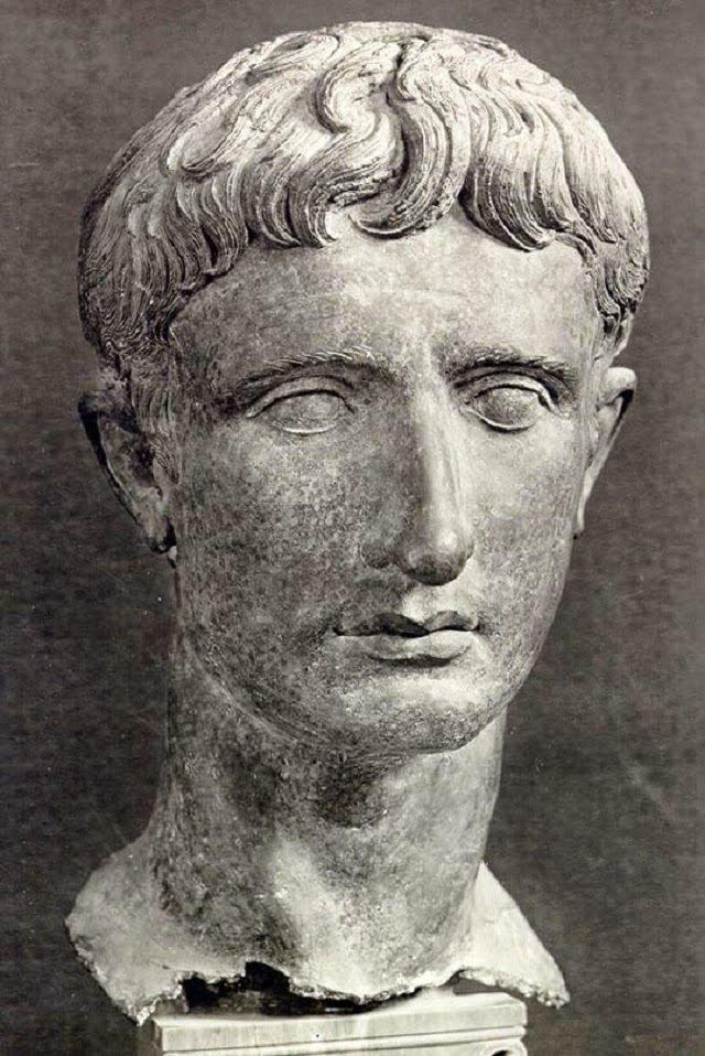 Antiikin Historia: Keisari Augustus http://antiikinhistoria.blogspot.fi/2015/01/keisari-augustus.html