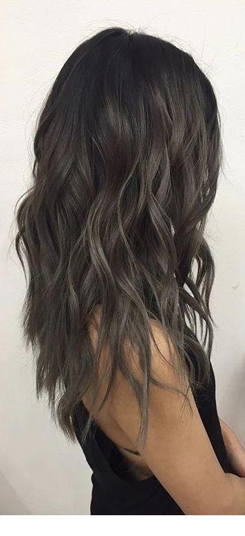 Dark brown curly hair | Inspiring Ladies