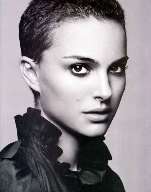 """Natalie Portman wears an extreme pixie haircut & makes it look amazing! (cut short for a role in Vendetta....""""V"""" years ago...it was a """"buzz cut"""" & this is longer...lovely."""