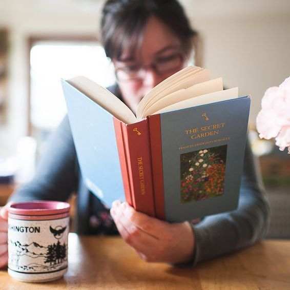 I struggle with claiming any title as a 'favorite'. There are many I love though, The Secret Garden included. I hope as I read more and more this year, that will change. Do you easily have a favorite book? #theardentbiblioreads