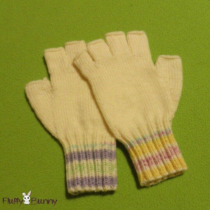 Fingerless gloves! #handmade